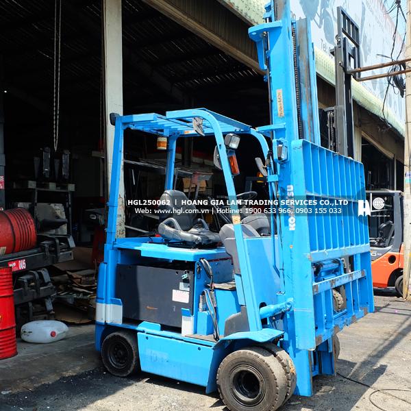xe-nang-komatsu-FB25EX-11-62-HGL2